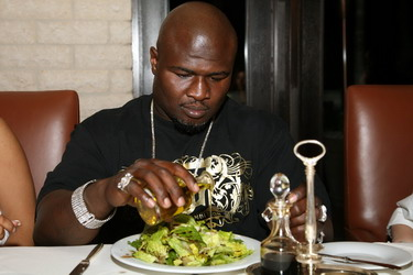 "Showtime Photos: The ""New"" James Toney Dines Wednesday In ... James Toney Wife"