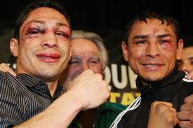 http://www.boxing247.com/fotos/IMG_9468%20Vazquez%20vs%20Marquez%20III%20006%20faces.jpg
