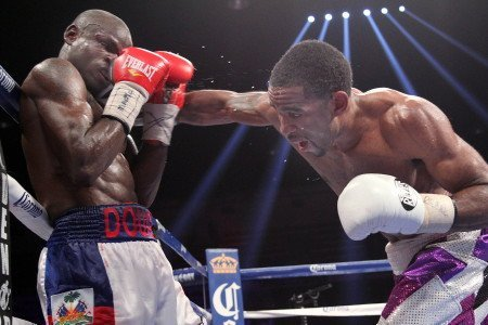 Lamont Peterson Dazzles in Front of Hometown Crowd