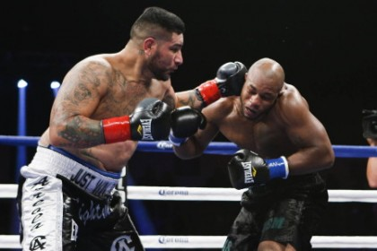 Arreola vs. Mitchell Chris Arreola Seth Mitchell Boxing News Boxing Results Top Stories Boxing