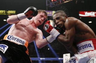 """Saul """"Canelo"""" Alvarez - (Photo credit: Esther Lin/Showtime) In a fight that could have gone either way, the more popular Mexican fighter Saul """"Canelo"""" Alvarez (44-1-1, 31 KO's) defeated Erislandy Lara (19-2-2, 12 KO's) by a 12 round split decision tonight in a fight that failed to raise the stock for either fighter at the MGM Grand in Las Vegas, Nevada. The judges scored it 117-111 and 115-113 for Canelo, and 115-113 for Lara. I personally had Lara winning the fight 116-112. The 117-111 score by judge Levi Martinez from New Mexico was baffling to say the least."""