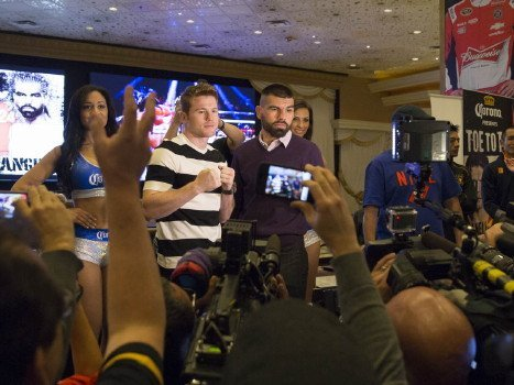 Alvarez-Angulo: Will Canelo bounce back from his loss to Mayweather?
