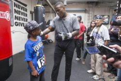 """Peter Quillin, Quillin vs. Rosado - Los Angeles (Oct. 10) - WBO Middleweight World Champion Peter """"Kid Chocolate"""" Quillin put on a clinic today for media members at his gym in Santa Monica, Calif. as he prepares for his title bout against top contender """"King"""" Gabriel Rosado taking place Saturday, Oct. 26 at Boardwalk Hall in Atlantic City live on SHOWTIME CHAMPIONSHIP BOXING. Quillin vs. Rosado will precede the title fight between future IBF Light Heavyweight World Champion Bernard Hopkins and top-rated contender Karo Murat."""