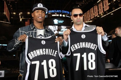 006 Judah and Malignaggi with jerseys IMG_0527