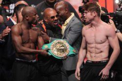 """Danny Garcia, Floyd Mayweather Jr, Lucas Matthysse, Matthysse vs. Garcia, Mayweather vs. Canelo, Saul """"Canelo"""" Alvarez - Photos by E. Lin and Tom Casino / Showtime -- Floyd Mayweather Jr. (44-0, 26 KO's) looked like a winner already today in Friday's big weigh-in for his bout with WBA/WBC junior middleweight champion Saul """"Canelo"""" Alvarez (42-0-1, 30 KO's) on Saturday night on Showtime pay-per-view in Las Vegas, Nevada. Standing in front of a huge 12,200 crowd at the MGM Grand, Mayweather weighed in at 150.5 lbs. to come in at 1.5 pounds under the 152 lb. catch-weight limit."""