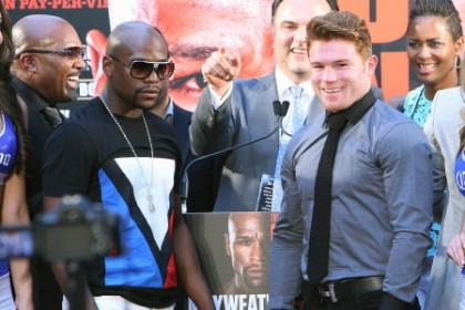 """Floyd Mayweather Jr Mayweather vs. Canlo Saul """"Canelo"""" Alvarez Boxing News"""