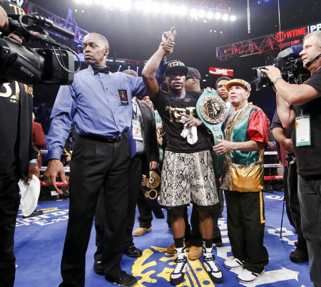 Mayweather: If a Pacquiao fight happens, it must be on Showtime PPV