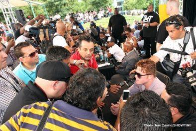 "Floyd Mayweather Jr Mayweather vs. Alvarez Saul ""Canelo"" Alvarez Boxing News"