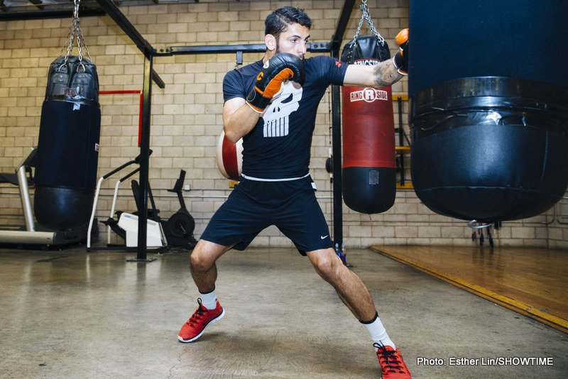 Anthony Crolla vs Jorge Linares at the Manchester Arena on September 24