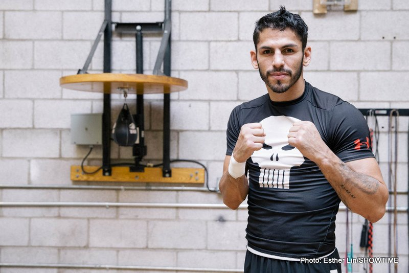 Jorge Linares - WBC lightweight champion Jorge Linares, (39-3, 26ko) defends his title against Mexico's Ivan Cano (23-6-2, 15ko) at home in Venezuela tonight, in what will be only his 4th fight in his native land over the course of his 13 years as a professional.