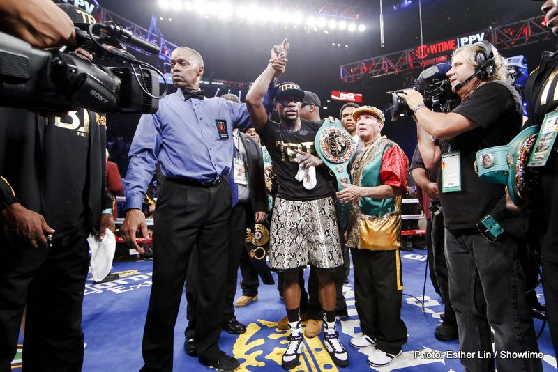Left-Hook Lounge Mailbag: Floyd Mayweather, Marcos Maidana, Timothy Bradley, and more!