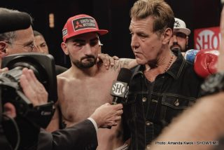 """Boxing Results - World ranked junior middleweight contender VANES """"The Nightmare"""" MARTIROSYAN entered the top echelon of his division on Saturday night with an outstanding 10-round unanimous decision over fellow contender WILLIE NELSON from the Foxwoods Resort Casino and telecast live on SHOWTIME."""