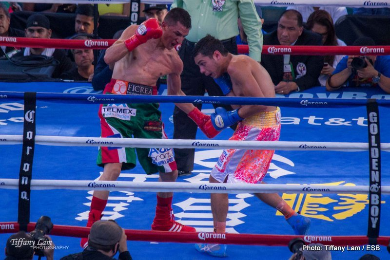 Figueroa stops Estrada in an exciting fight