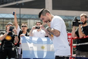 1-SHOWTIME-PUBLIC WORKOUT-Lucas Matthysse-0561