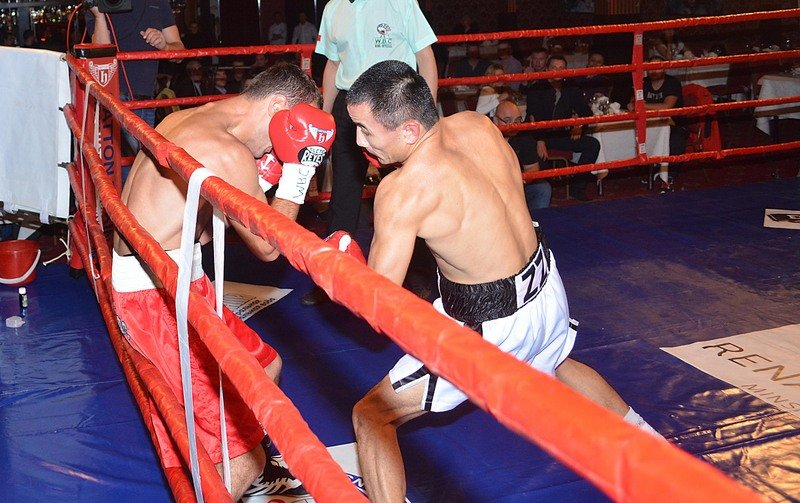 Boxing Results - KAZAKH wrecking machine Zhanat Zhakiyanov continued his march towards a world title shot with a blistering one round blow out of Georgia's previously unbeaten Gagi Edisherashvili in Minsk on Wednesday night.