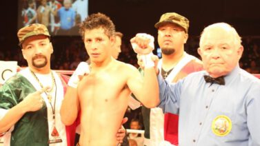 "- SANTA YNEZ, CA (June 14, 2013) - Tonight Gary Shaw Productions presented another great night of boxing at the Chumash Casino Resort.  In the main event, Roman Morales (17-0, 10 KOs) defeated Robert Castaneda (20-4-1, 15 KOs) by way of unanimous decision to retain his ""Central Coast Championship""."