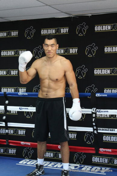 """Taishan Dong - LOS ANGELES (Feb 13.) - Chinese heavyweight sensation Taishan and rising stars Manuel """"Suavecito"""" Roman and Nick Arce hosted a Los Angeles media workout at Westside Boxing Gym before their respective bouts at that will take place on Feb. 27 at Fantasy Springs Resort Casino and live on FOX Sports 1 and FOX Deportes."""