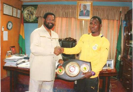 Emmanuel Tagoe, Rafael Mensah - Ghanaian boxing bragging rights will be on the line when undefeated Rafael 'Sweet Pea' Mensah faces compatriot Emmanuel 'Game Boy' Tagoe in a battle of two of Ghana's best lightweight boxers in Accra in May.