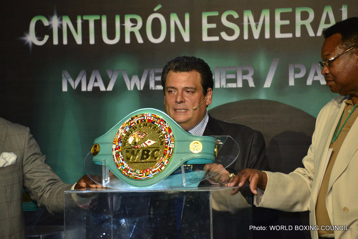 Sulaiman: May/Pac Belt has 3,000 emeralds, it's beautiful and it's absolutely priceless!