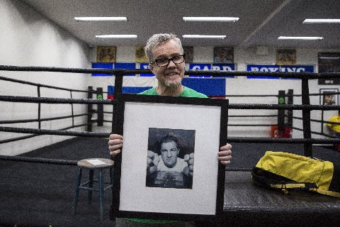 Floyd Mayweather Jr Freddie Roach Manny Pacquiao Mayweather vs. Pacquiao Boxing News