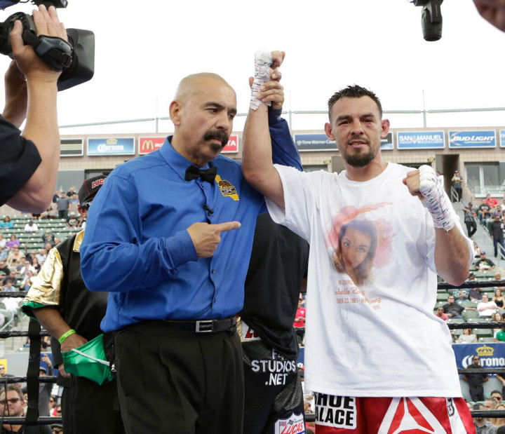 Guerrero defeats Martinez; Cuellar destroys Darchinyan