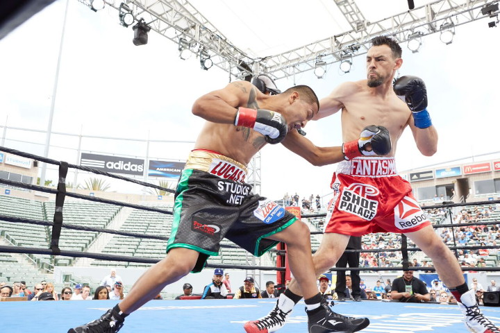 Robert Guerrero fights David Emanuel Peralta on August 27