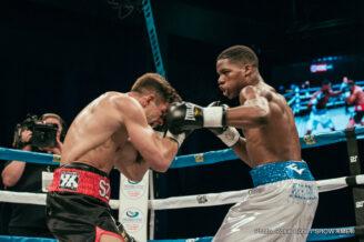 Antoine Douglas, Arif Magomedov - Boxing News