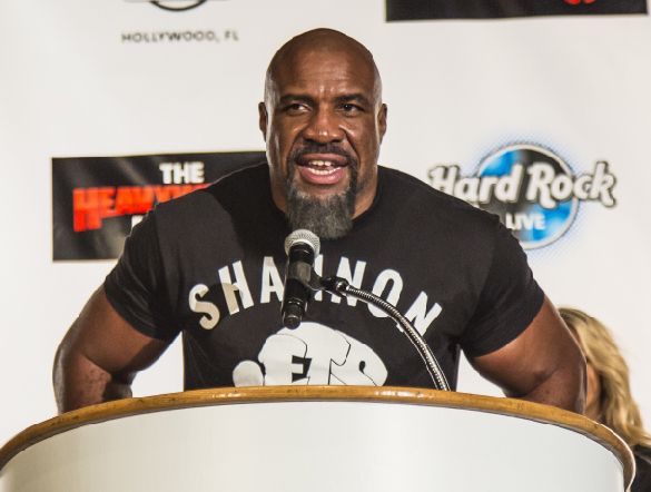 Shannon Briggs motivated to become first man to win heavyweight titles in three separate decades