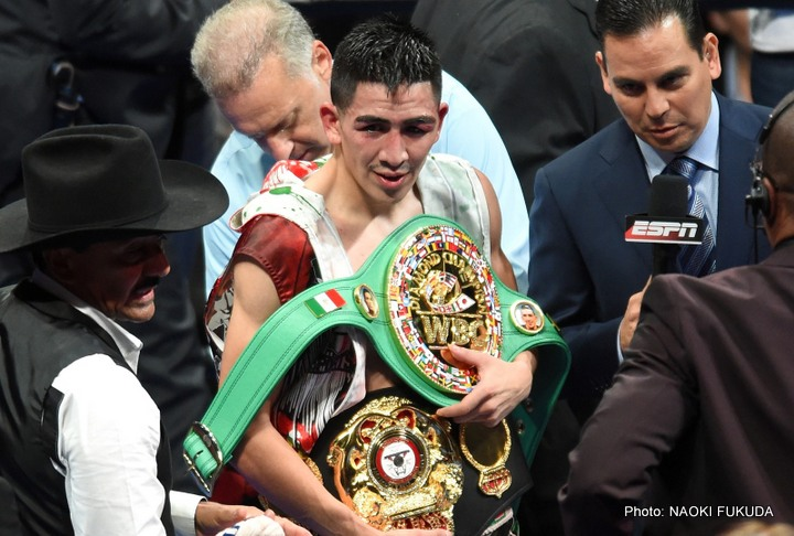 Santa Cruz to Stay at 126 & Vacate WBC 122 Strap