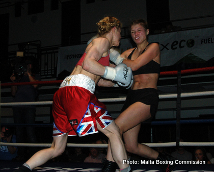 Weaver KOs Skripkins, Marston Stops Lecko & Deakin Wins! In All Action London Season Opener