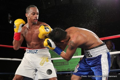Ivan Golub, Louis Cruz score wins on Broadway Boxing