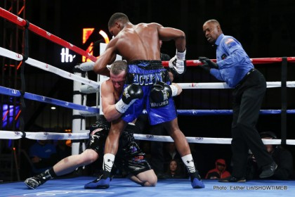 ShoBox Results, Quotes & Photos: Douglas Outclasses Sherrington
