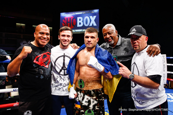 "Saul ""Canelo"" Alvarez Sergiy Derevyanchenko Boxing News"