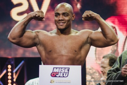 1-Weigh in-0015 (Oscar Rivas)