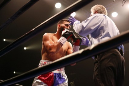 Rodriguez defeats Seals