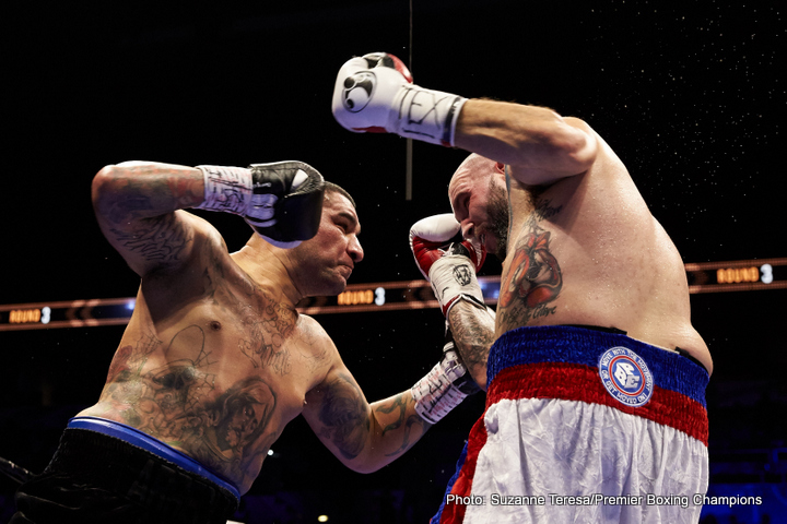Chris Arreola Mario Barrios Omar Figueroa Victor Ortiz Boxing News Boxing Results