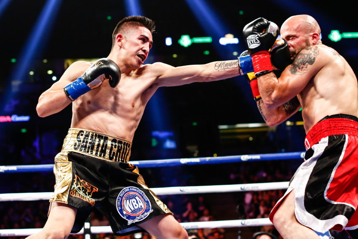 Kiko Martinez Leo Santa Cruz Boxing News Boxing Results