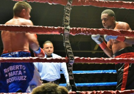 Angulo stays unbeaten with win over Abalos