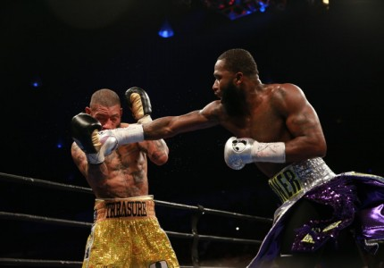 Broner stops Theophane