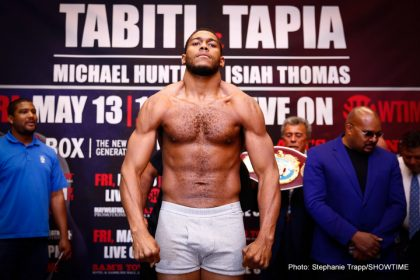 1-LR_WEIGH IN-MICHAEL HUNTER-TRAPPFOTOS-05122016-0909