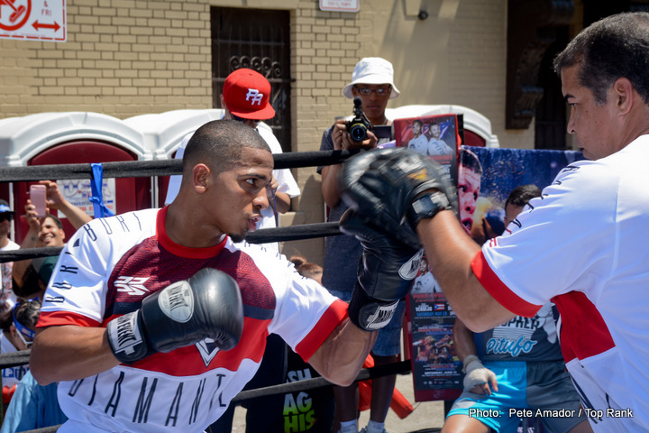 "Felix Verdejo - Nicaraguan lightweight Oliver ""Trombita"" Flores' strong performance this past Friday evening against undefeated, No. 1 ranked Felix ""El Diamente"" Verdejo, fought in front of more than 7,000 fans in Verdejo's hometown of San Juan, Puerto Rico, truly embodied the spirit of Flores' promoter, Havoc Boxing."