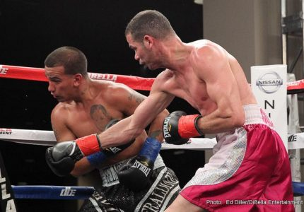 Richar Abril wins on Broadway Boxing