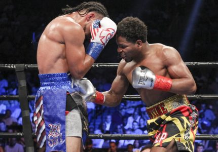 Keith Thurman defeats Shawn Porter