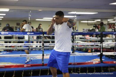 Chris Arreola Deontay Wilder Felix Diaz Sammy Vasquez Jr. Boxing News