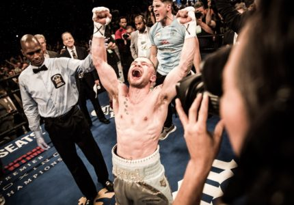 Carl Frampton tops Leo Santa Cruz in terrific fight; how about a rematch?
