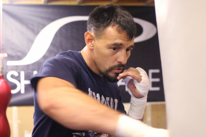 """Robert Guerrero - Former multiple division world champion Robert """"The Ghost"""" Guerrero (33-4-1, 18 KOs)will bring his exciting style to the ring as he look to put on a show when he he headlines Premier Boxing Champions on Spike against Argentine slugger David Emanuel Peralta (25-2-1, 14 KOs) Saturday, August 27 from Honda Center in Anaheim, Calif."""