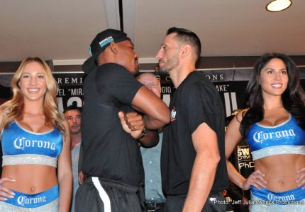 Video: Daniel Jacobs vs. Sergio Mora Weigh-In