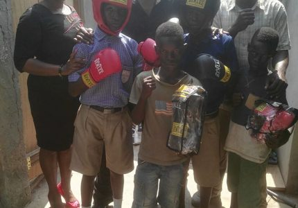 Ray Opoku donates equipment to support juvenile boxing