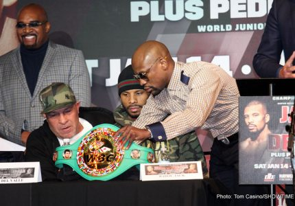 "Floyd Mayweather asks, ""Are they [the judges] being paid under the table?"" after Jack-DeGale draw"