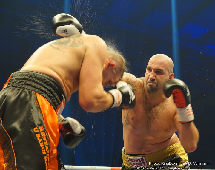 Robert Helenius - They were supposed to fight back in 2015, only for a hand injury suffered by Erkan Teper resulting in the fight falling apart, but now, on September 29 in Waldenbuch, Teper will face Robert Helenius in a fight that might, maybe, produce an exciting and entertaining heavyweight battle. The vacant IBF inter-continental strap will be on the line.